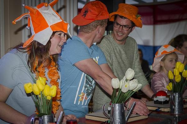 Hollandse avond - Heel Holland feest met live muziek, deejay en decoratie